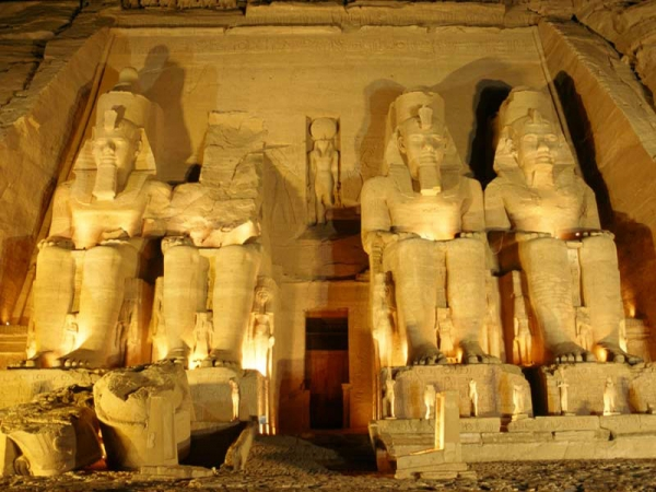 Overnight Tour to Aswan and Abu Simbel by car from Luxor